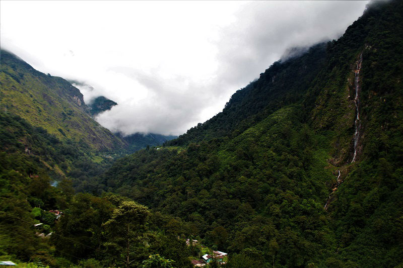 waterfall on Zero point sikkim route