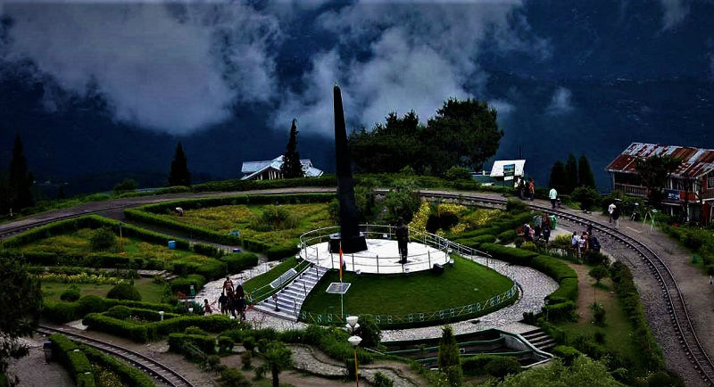 Batasia Loop places to visit in Darjeeling