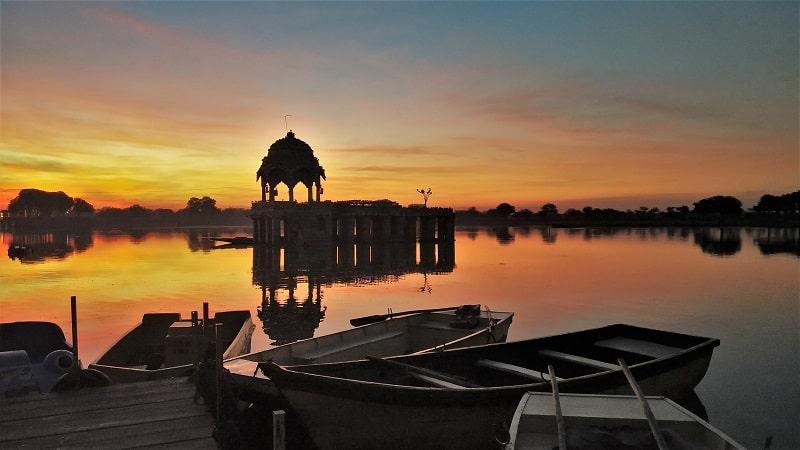 Beautiful Gadisar lake