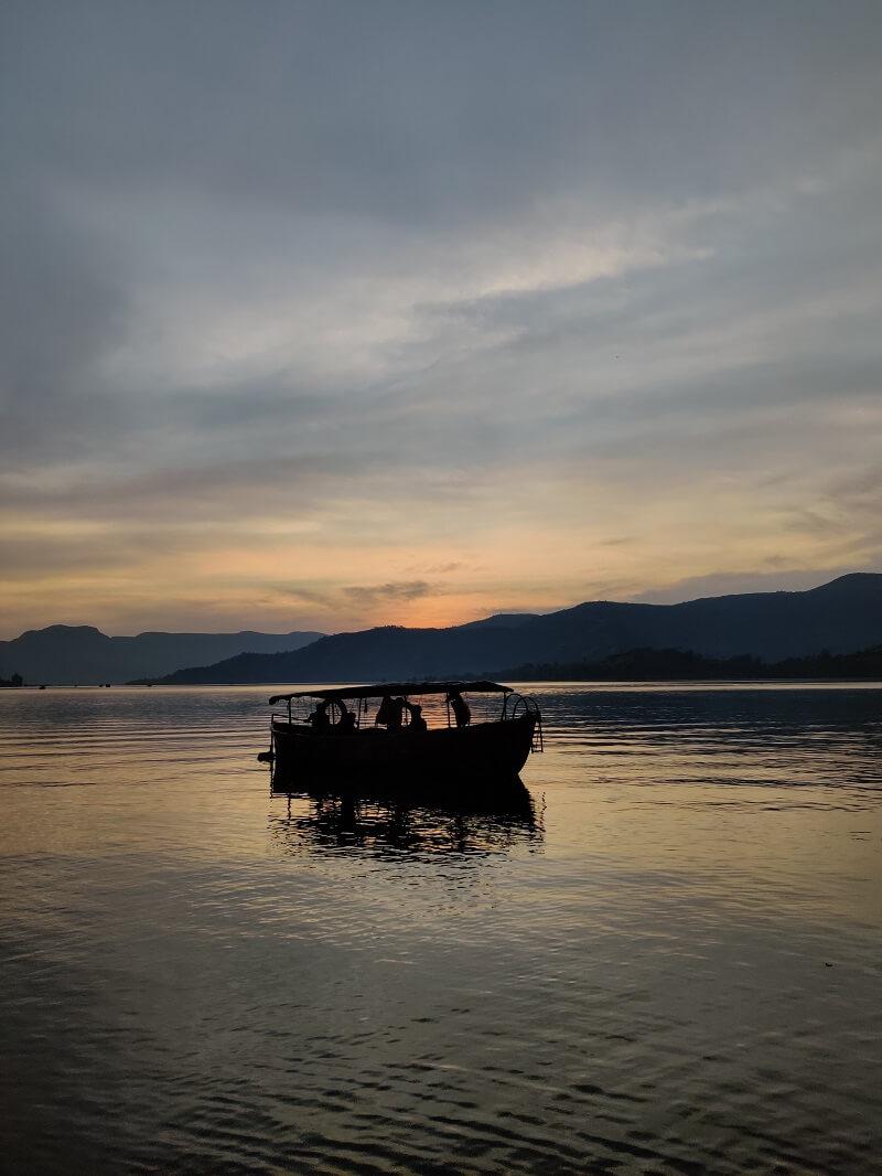 Boating at vasota Trek
