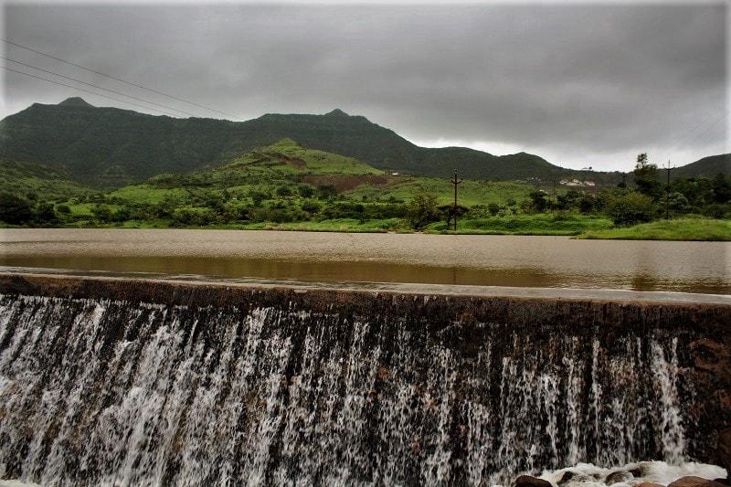 Dam en route to Purandar Fort