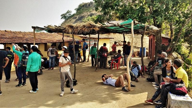 Entusiastic trekkers as seen on Kalavantin Durg Trek