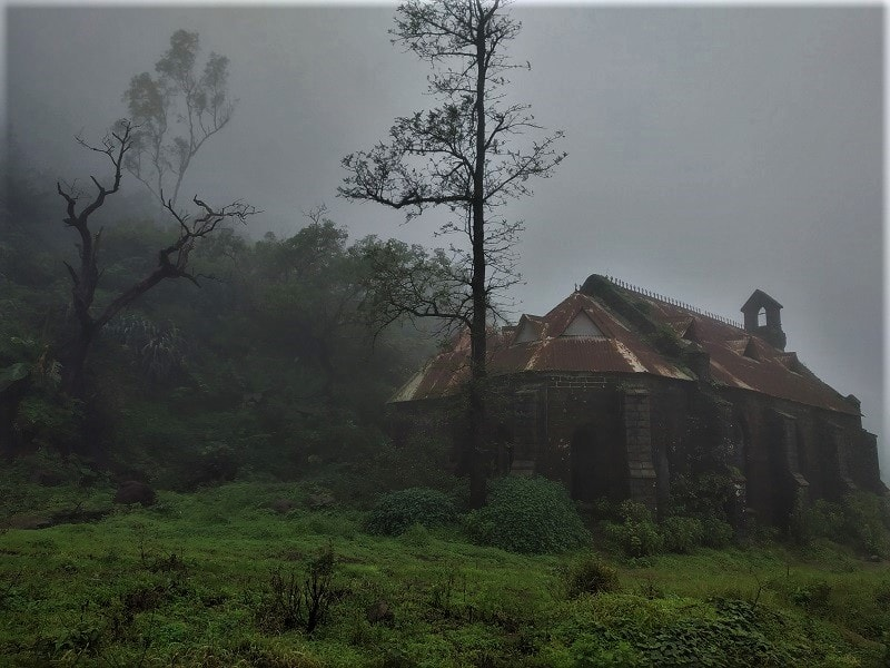 Foggy weather at Purandar Fort