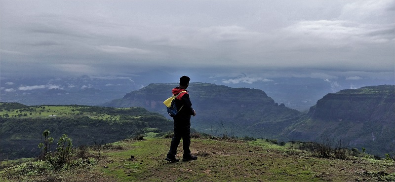 Glaring at Sahyadris from Ghangad Fort top