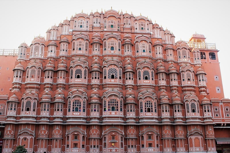 Hawa Mahal must see places in Jaipur