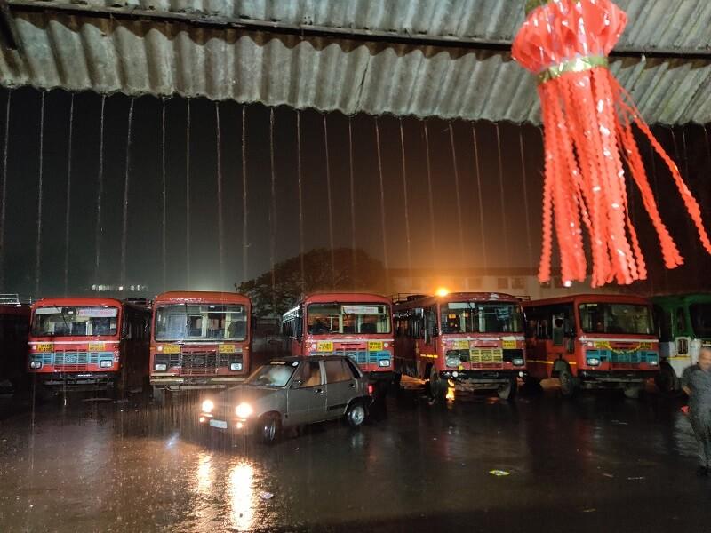 Heavy rains at Trimbakeshwar near Nashik