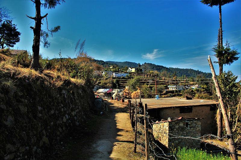 Kaccha road at Khirsu Uttrakhand