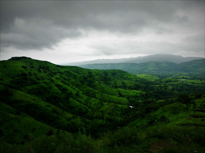 Landscape view Torna Fort trek