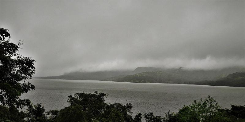 Mulshi dam near Pune