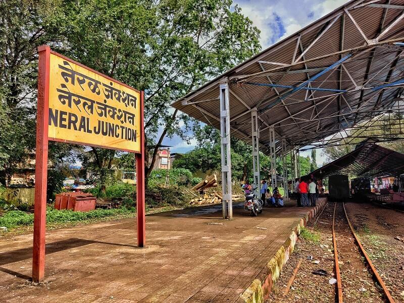 Neral station