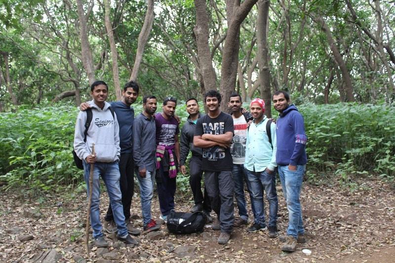 New friends on Dhak Bahiri Cave trek