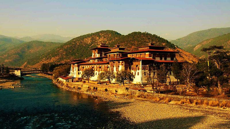 Phunaka Dzong