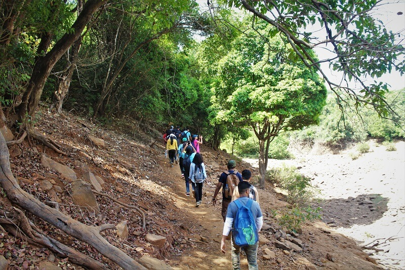 Trek for Vasota Fort Jungle Trek begins