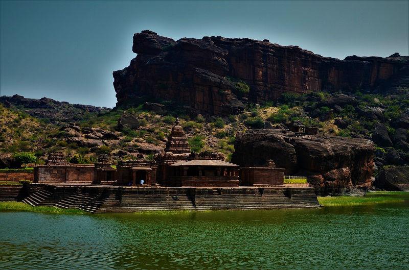 bhutanatha temple badami caves karnataka