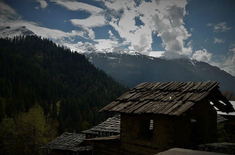 landscape view Kasol Himachal