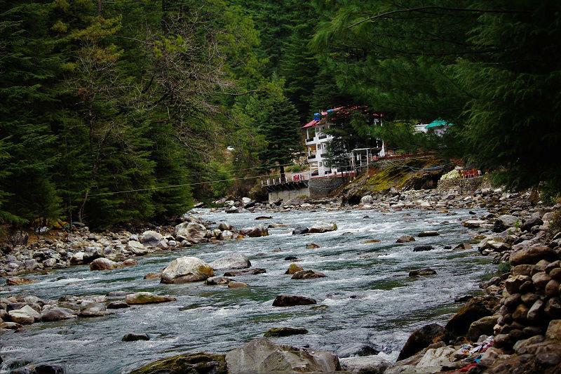 parvati river Kasol Himachal
