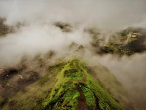 Clouds everywhere on Tung Fort Trek