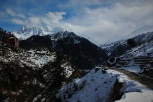on way to Tosh from Kasol Himachal