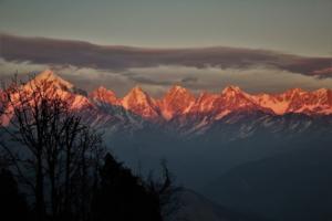 orangish Himalayas as seen on Khalia top trek Munsiyari