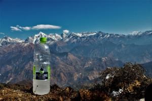 snow water bottle Khalia top trek Munsiyari