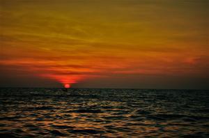 sunset beach south goa