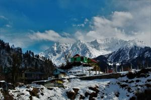 view at entrance to Tosh himachal pradesh